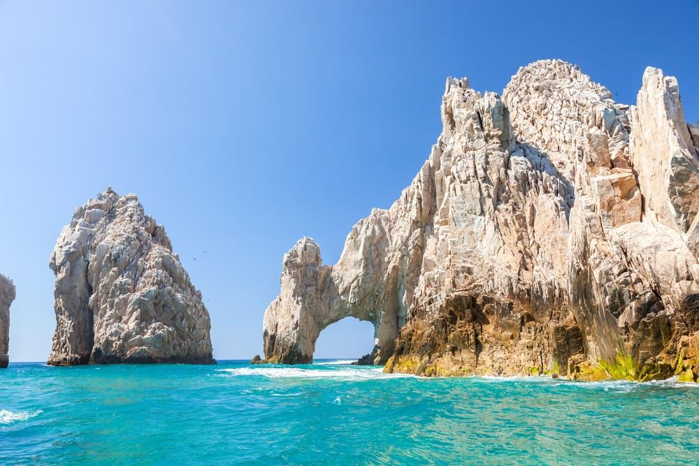 5 Reasons Why Cabo San Lucas Is The Best Place To Be This Winter