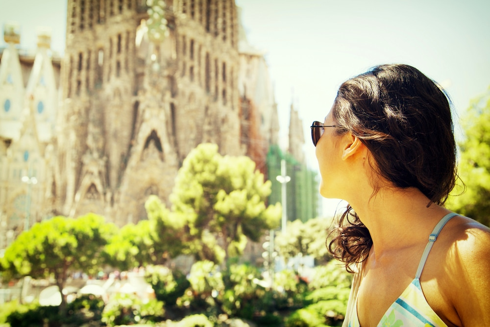 Alternatives To Popular Destinations - Barcelona > Paris