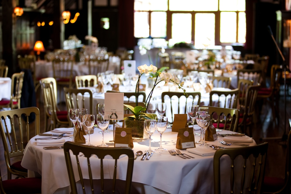 corporate-event-table
