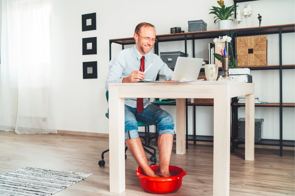 7 Work From Home Situations That Are Too Real